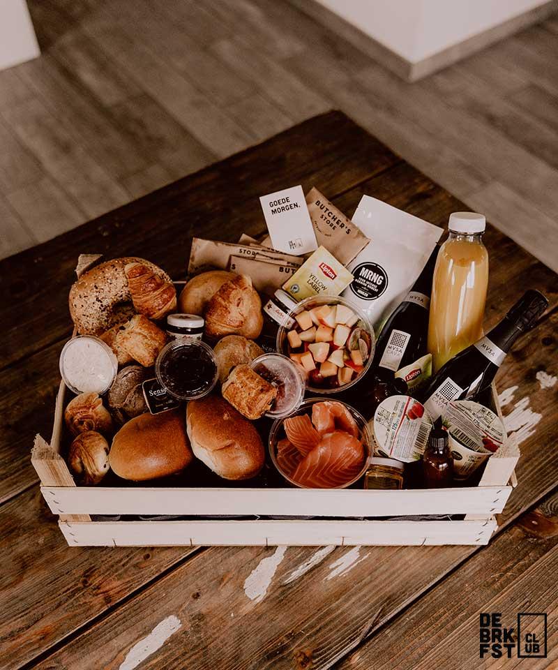 Luxe ontbijt aan huis met zalm en cava - De Breakfast Club